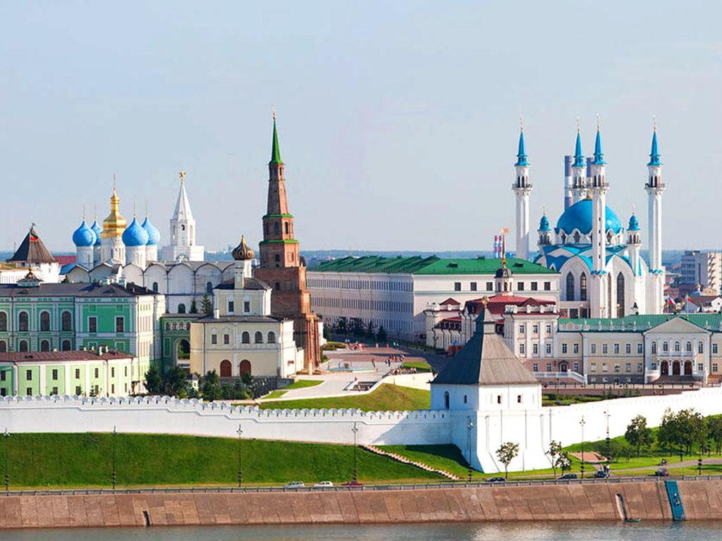 Walking tour of the Kazan Kremlin