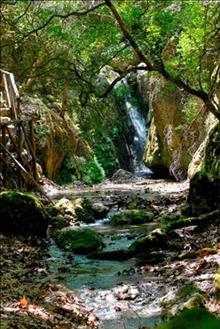 Rhodose saare kaitstud alad
