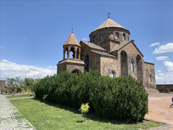 https://cdn1.mouzenidis.com/userfiles/tourgalleries/pictures/1865/32373.jpeg